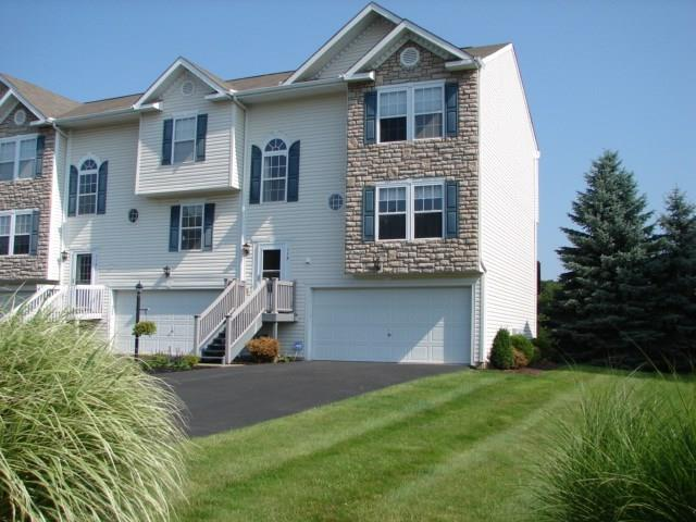 119 Antler Hollow Court, Cranberry Twp