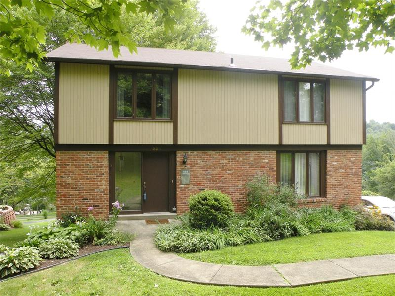 225 Highway View Dr., Peters Township