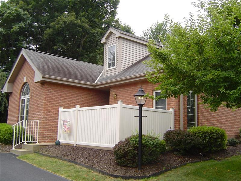 106 Windcrest Ct, Chippewa Township