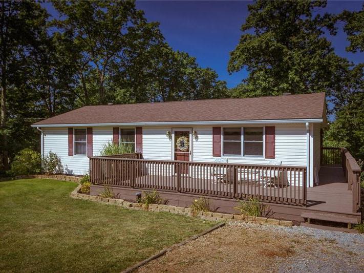 386 Hodgson Rd, South Beaver Township