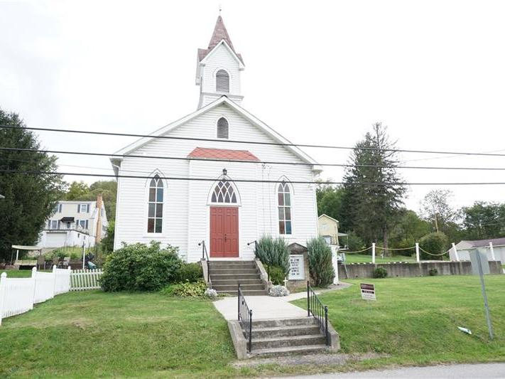 1407 Darlington Road, Ligonier Township