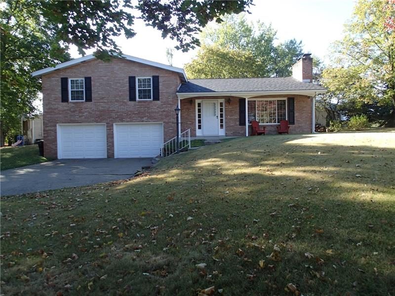 134 Crandon Cir, Brighton Township