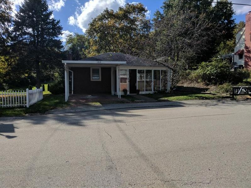 132 S Lincoln Ave, City of Greensburg