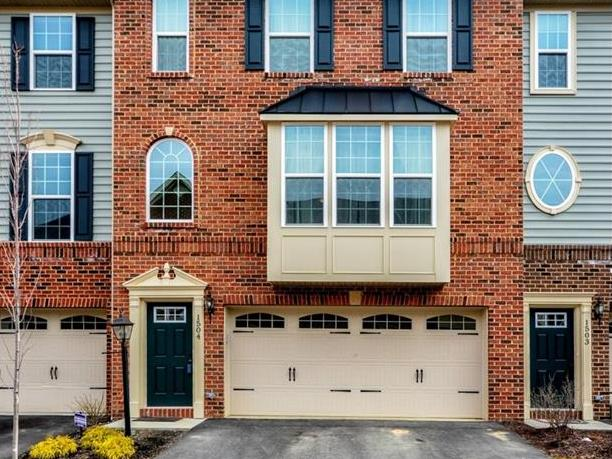 1504 Pointe View Dr, Adams Twp