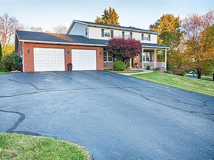 104 Shawnee Dr., Center Twp