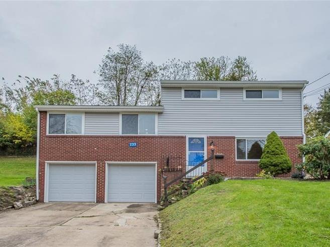 722 Heartwood Drive, Monroeville