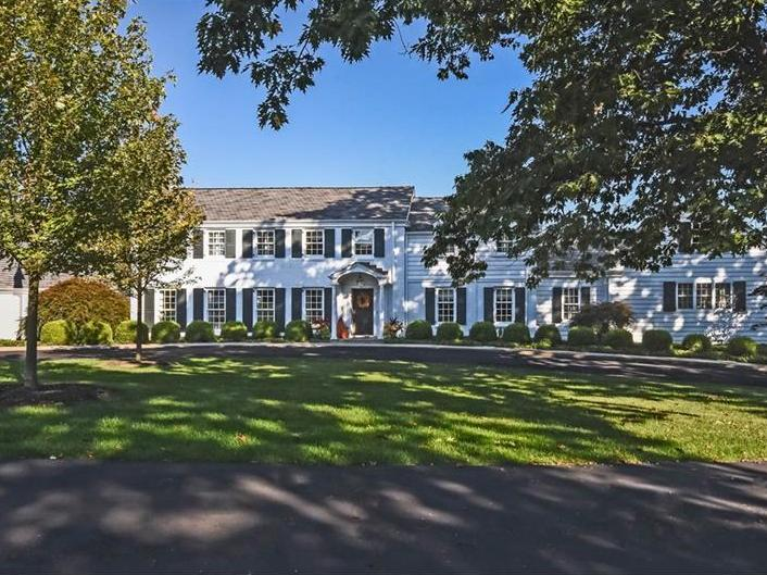 857 Persimmon Rd, Sewickley Heights