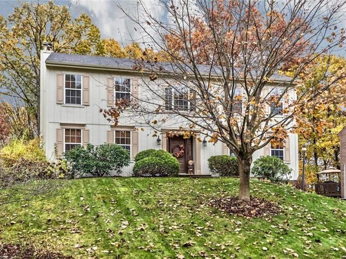 417 Monmouth Drive, Cranberry Twp