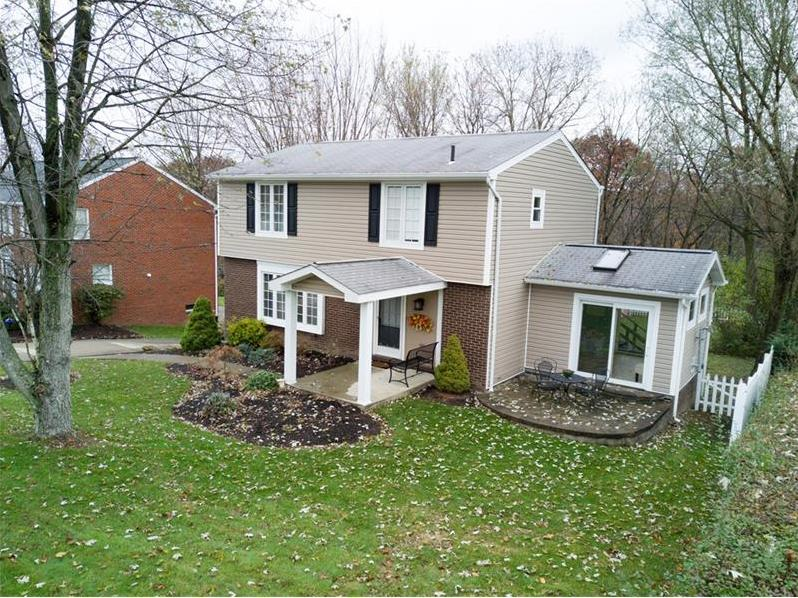 108 Phillips Ln, Robinson Twp