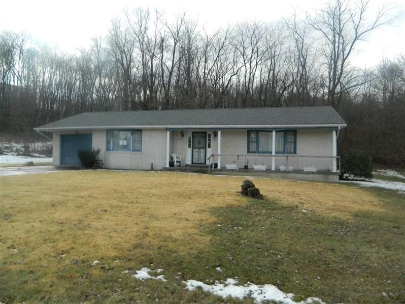 100 Shaker Heights Dr, Hopewell Twp