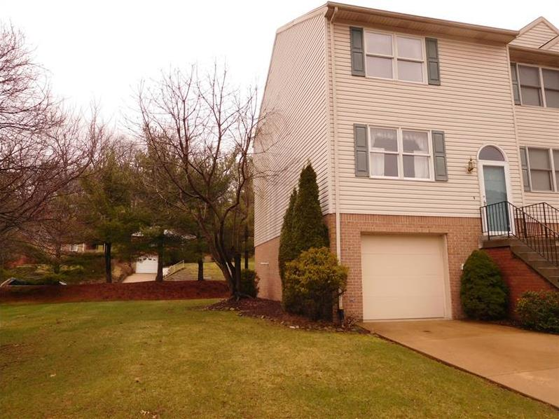 83 Springmeadow Ct, Whitehall
