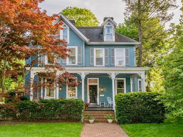 230 Thorn, Sewickley