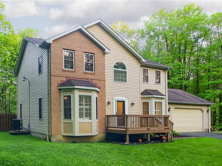 202 Smith Valley Rd., Slippery Rock Twp