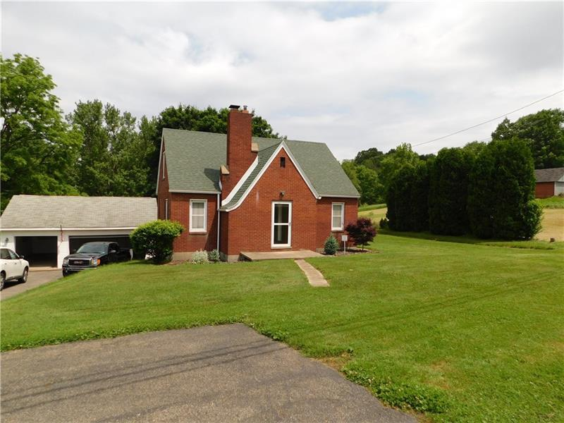 445 Chicora Rd, Oakland Twp