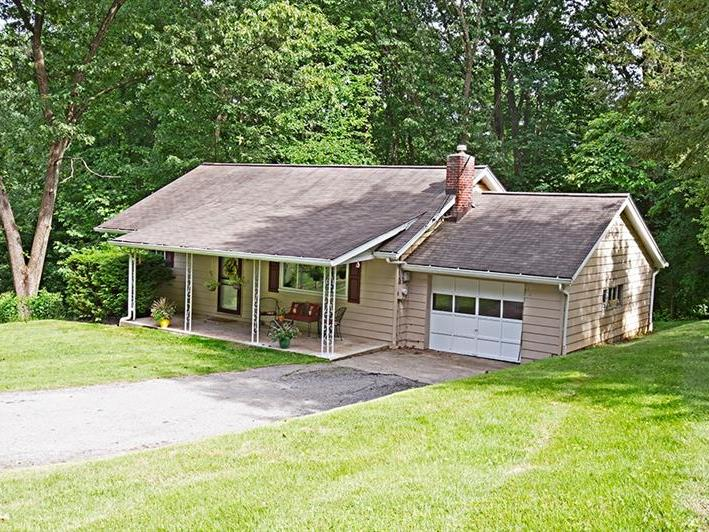 150 Mayfield Rd, Pine Twp