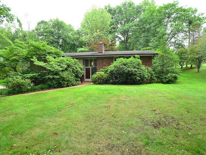 305 Squire Ln, Peters Twp