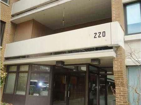 220 N Dithridge, Oakland