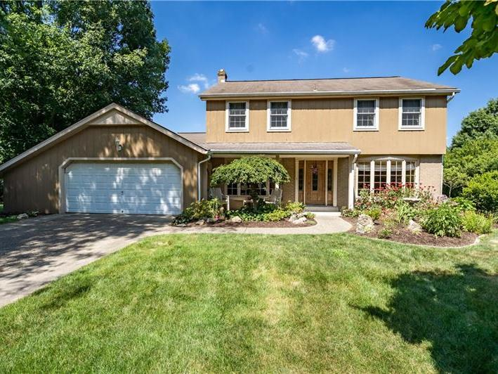 214 Camelford Road, Peters Twp