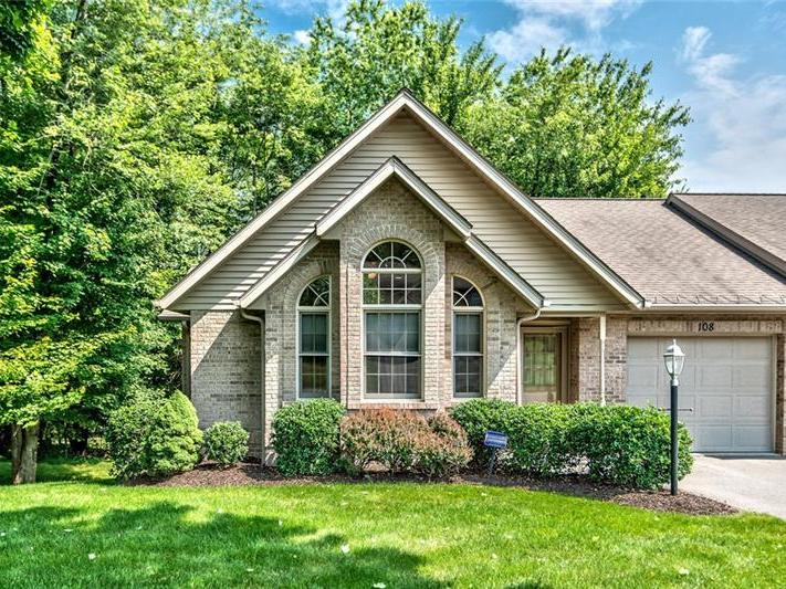 108 Windy Dr, Center Twp
