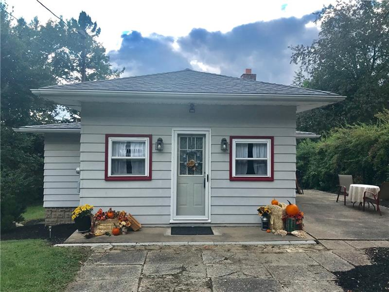 5 Herbst Rd, Kennedy Twp