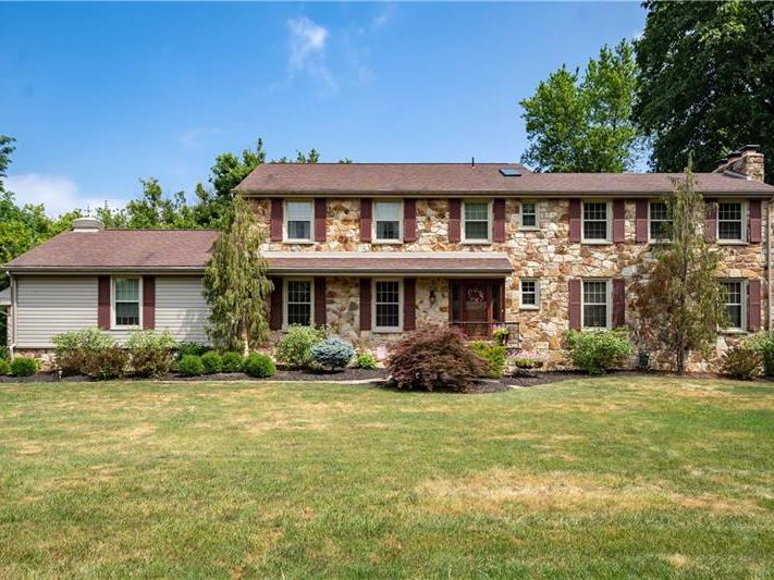 128 Stratford Drive, Peters Twp