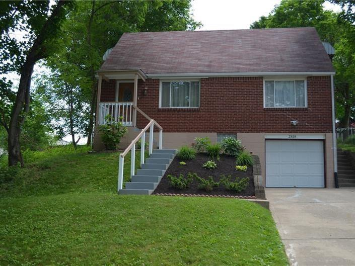 2818 Clearview Dr, Shaler