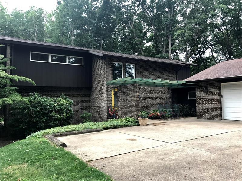 213 Thornwood Dr, Twp. of Butler SW