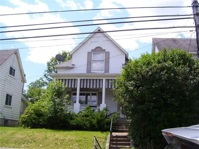 207 Meadow Ave, Charleroi
