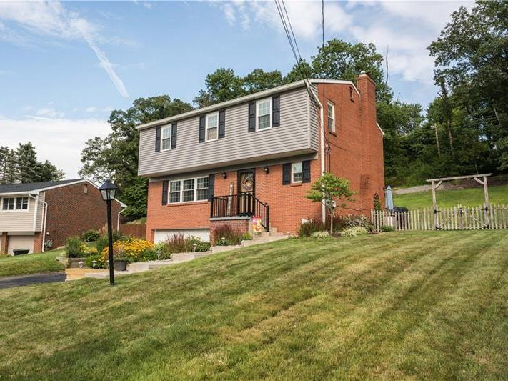 8988 Willoughby Rd, McCandless