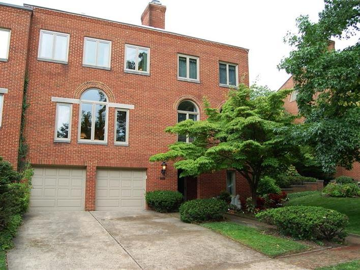 5323 Northumberland St, Squirrel Hill