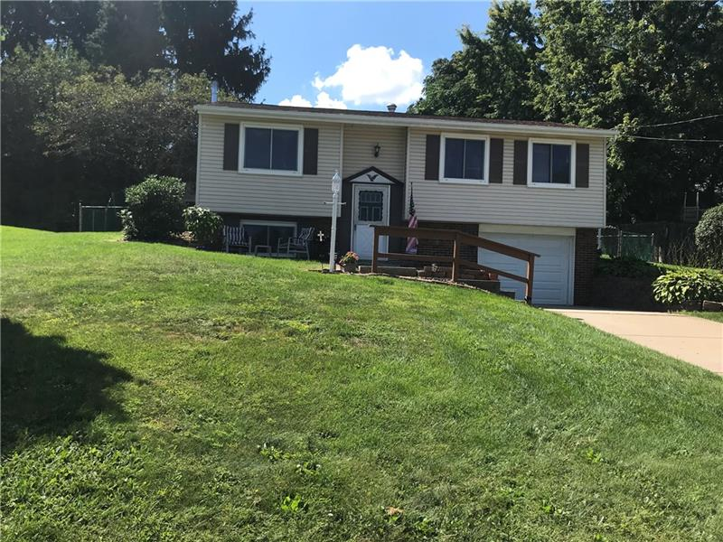 163 Warrencliff Drive, Center Twp