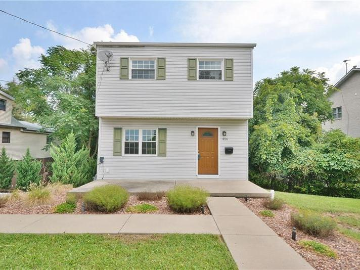 456 Dailey Rd, Brentwood