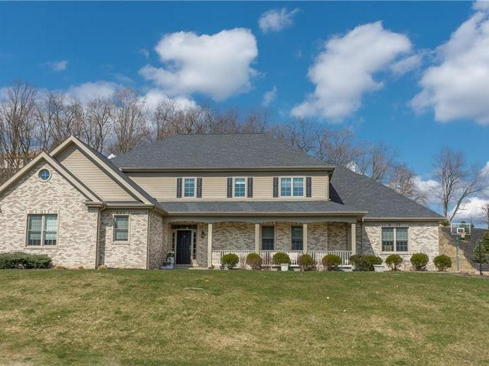 310 Schlag Court, Ross Twp