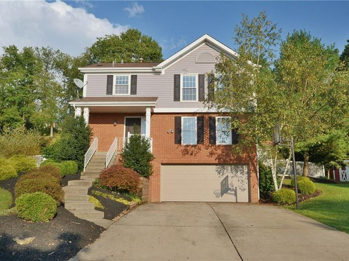141 Iron Run Rd, Bethel Park