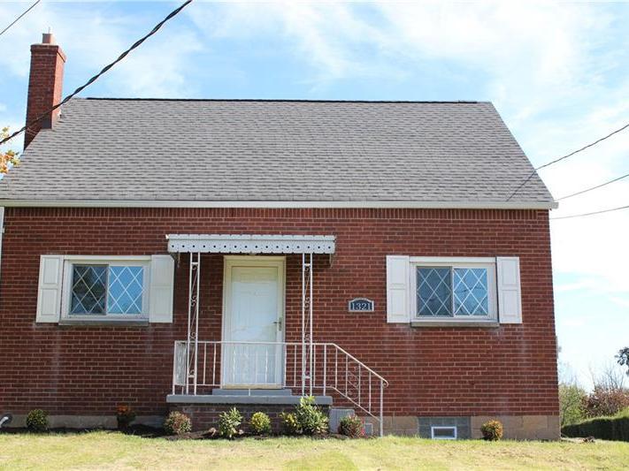 1321 Oakridge, South Fayette
