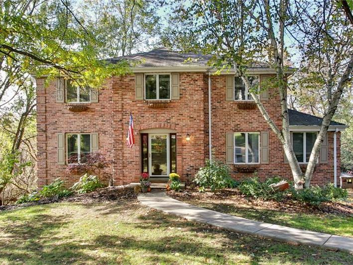 108 Royal Place, Peters Twp