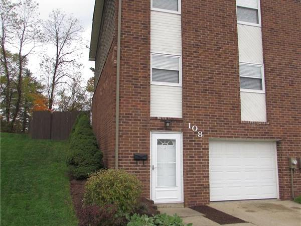 108 Westfield Dr, Hopewell Twp