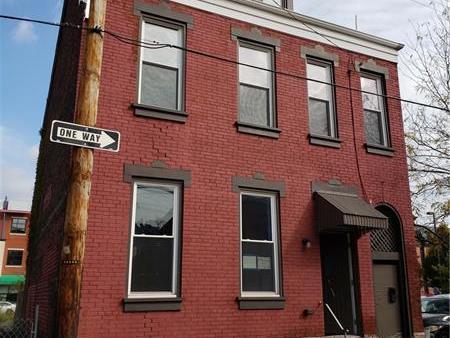 2803 Carey Way, South Side