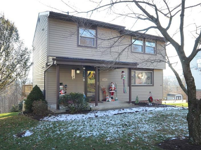 2620 Fox Chase Court, South Fayette
