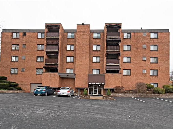 416 Isabella Street, 105, Oakmont