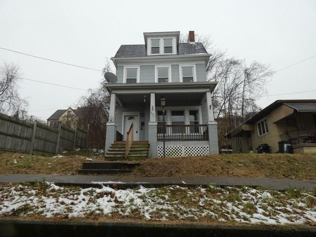 607 Meadow Ave, Charleroi