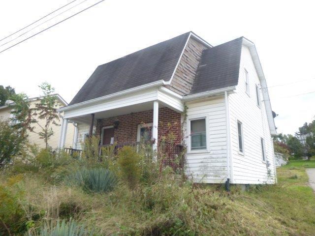 200 Frye Ave, Bentleyville