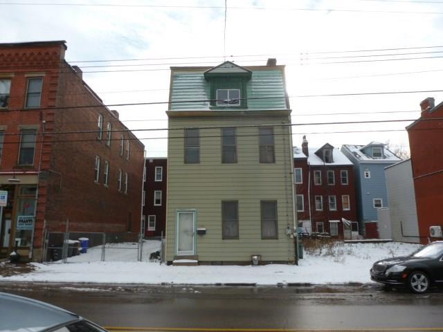 5322 Butler St, Lawrenceville