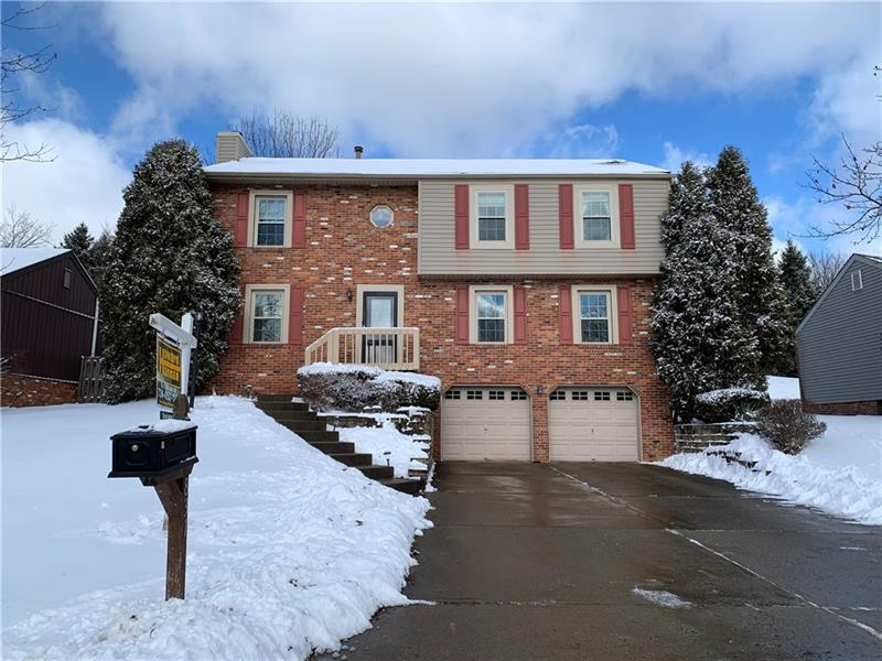 831 Glendale Court, Cranberry Twp