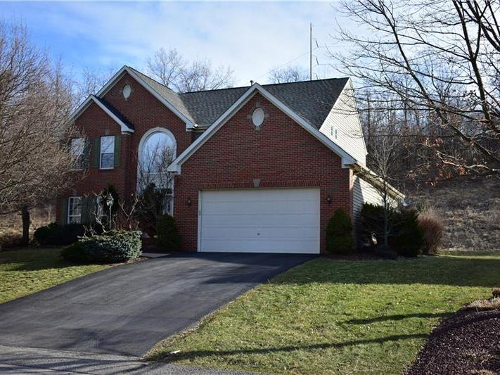 117 Spring Meadows Drive, Peters Twp