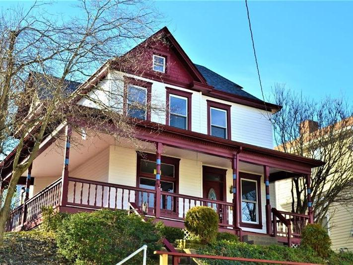 201 Lookout Ave, Charleroi