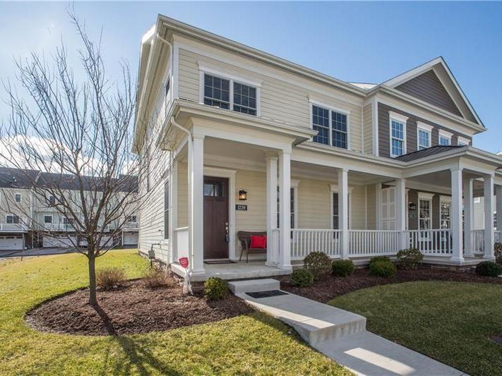 1239 Newbury Highland Dr., South Fayette