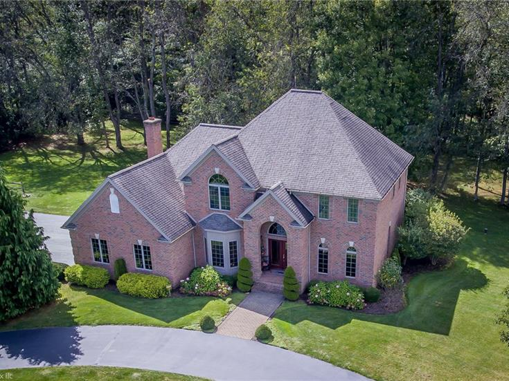301 River Run Road, Wilmington Twp