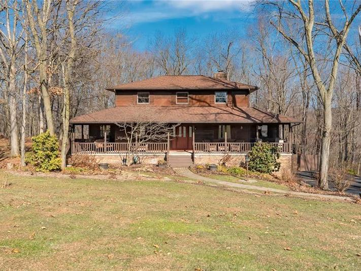1426 Morningstar Dr, Raccoon Twp