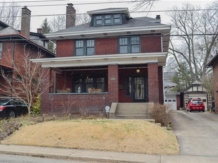 206 Carnegie Pl, Point Breeze